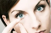 Показания и противопоказания к использованию линз для глаз