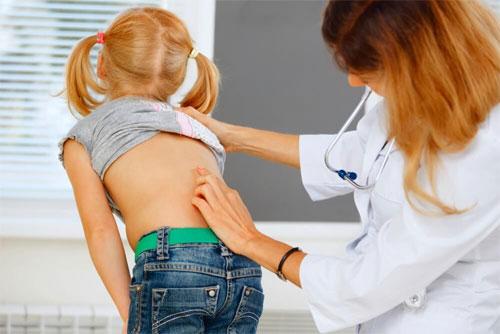 Диагностика и лечение болей в спине у детей и подростков