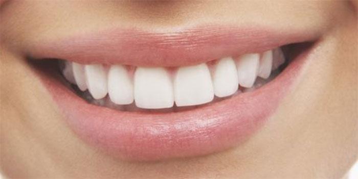 Реставрация зубов композитным материалом: особенности и специфика
