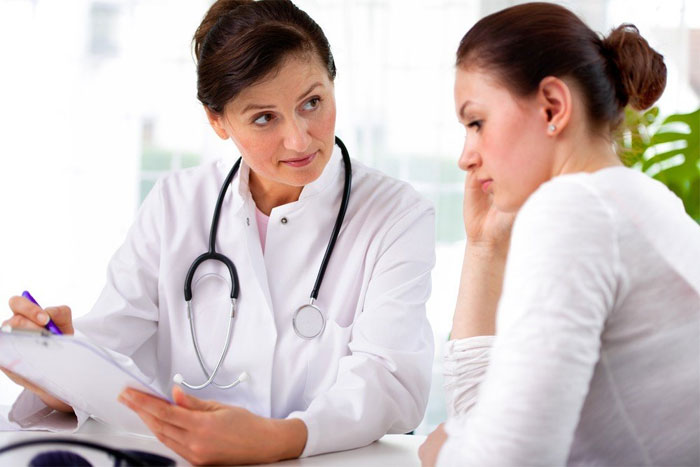 Когда стоит обращаться к венерологу?