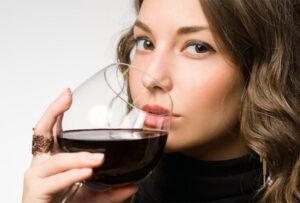 Различие между пьянством и алкоголизмом