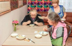 Пансионат для пожилых людей: актуальность и основные услуги