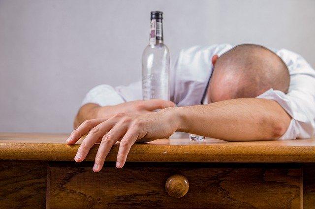 Как спасти близкого человека от алкоголизма